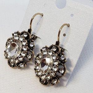 NEW Vintage Looking Lever-back Earrings